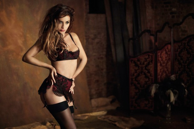 Bagstowear_Agent_Provocateur_Sample_Sale