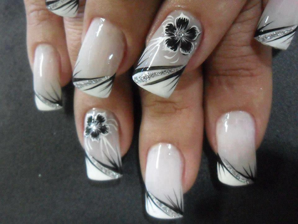 Bagstowear_Wedding_Manicure