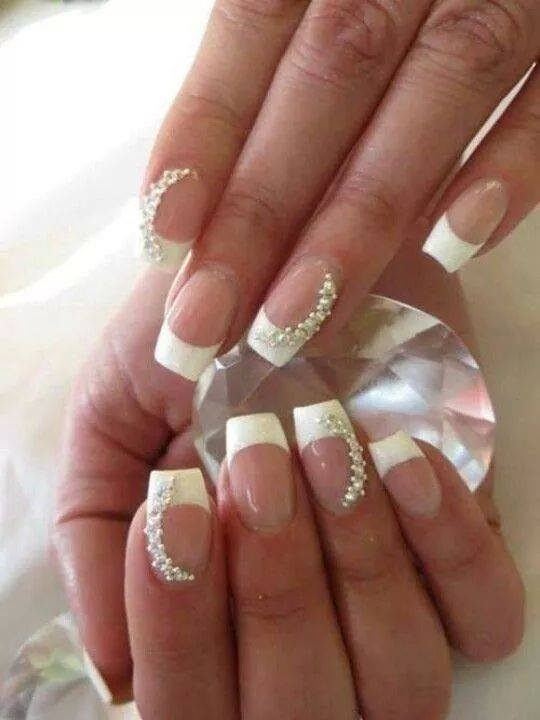 Bagstowear_Wedding_Manicure_French