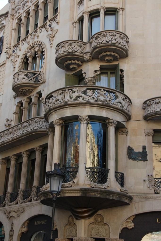 Barcelona-Gaudi-Houses
