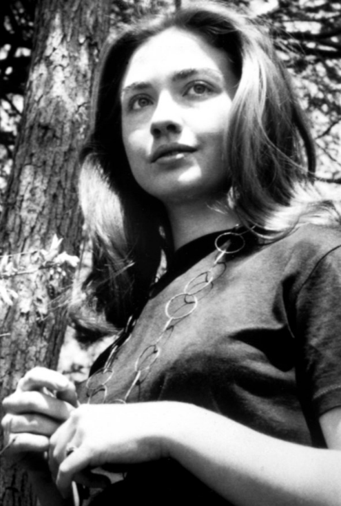 Hilary_Clinton_1960_Bagstowear