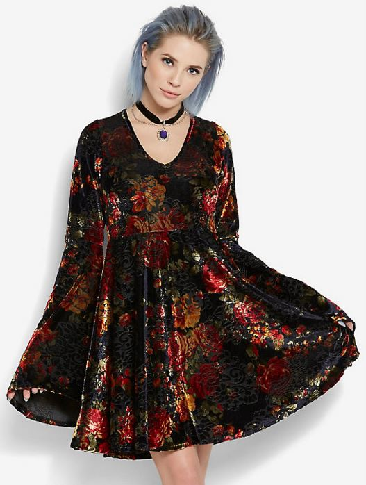 Bell-Sleeve-Velvet_Floral_Bell-Sleeve-Dress